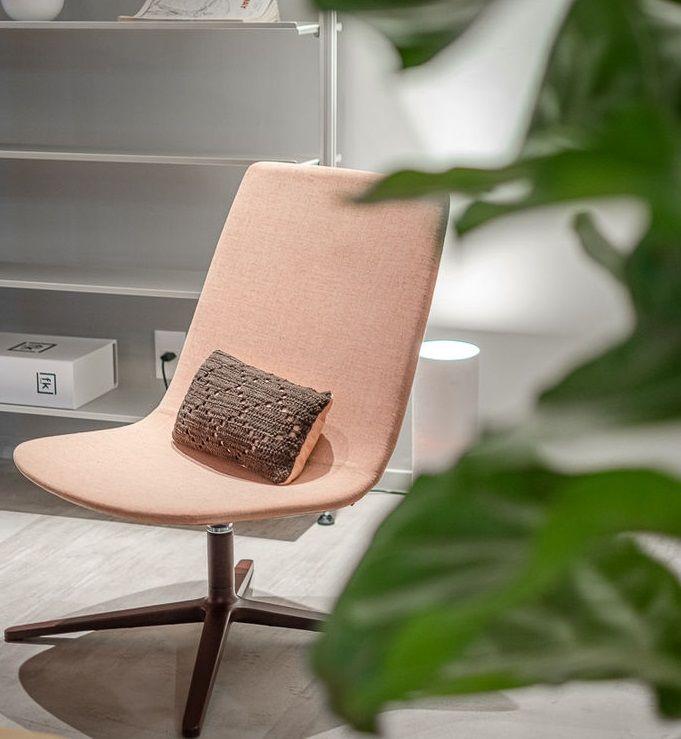 Aiyra Lounge