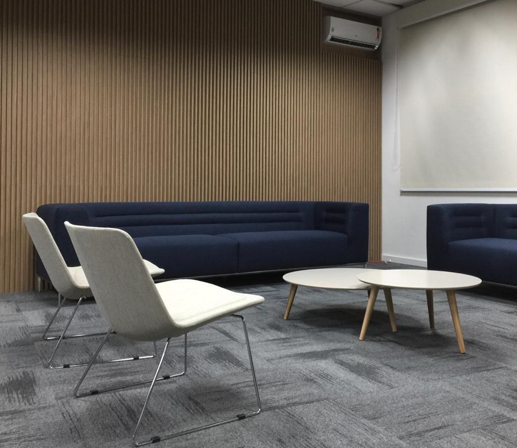 Stratos Lounge